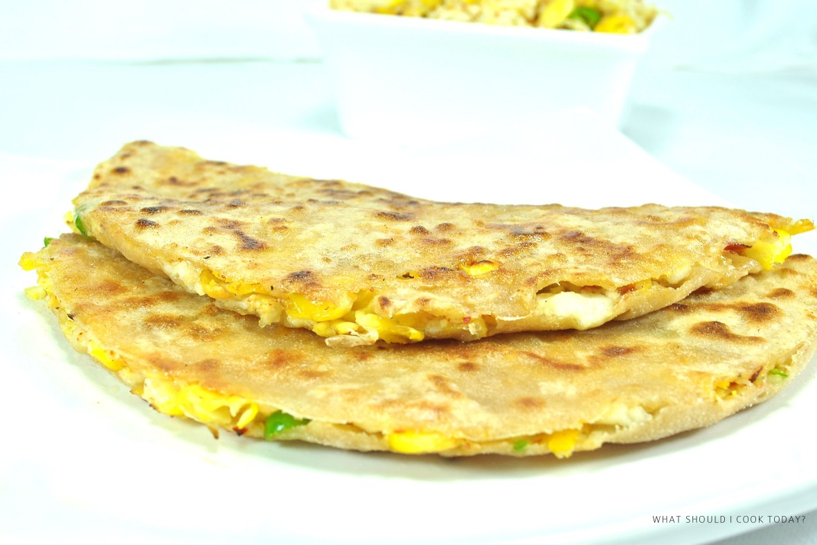 corn and cottage cheese parantha 1