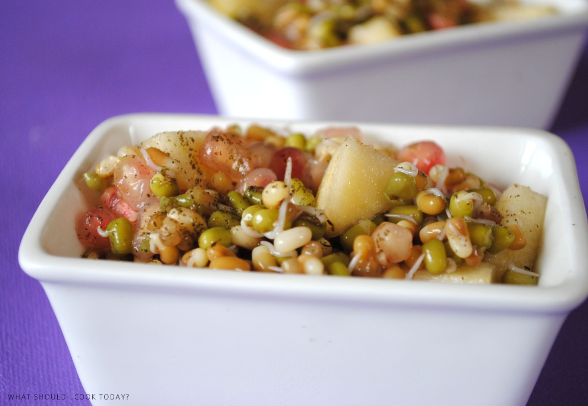 SPROUTS APPLE AND POM SALAD