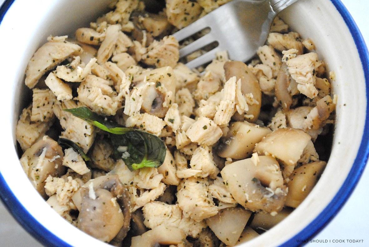 chicken and mushroom salad - final 2